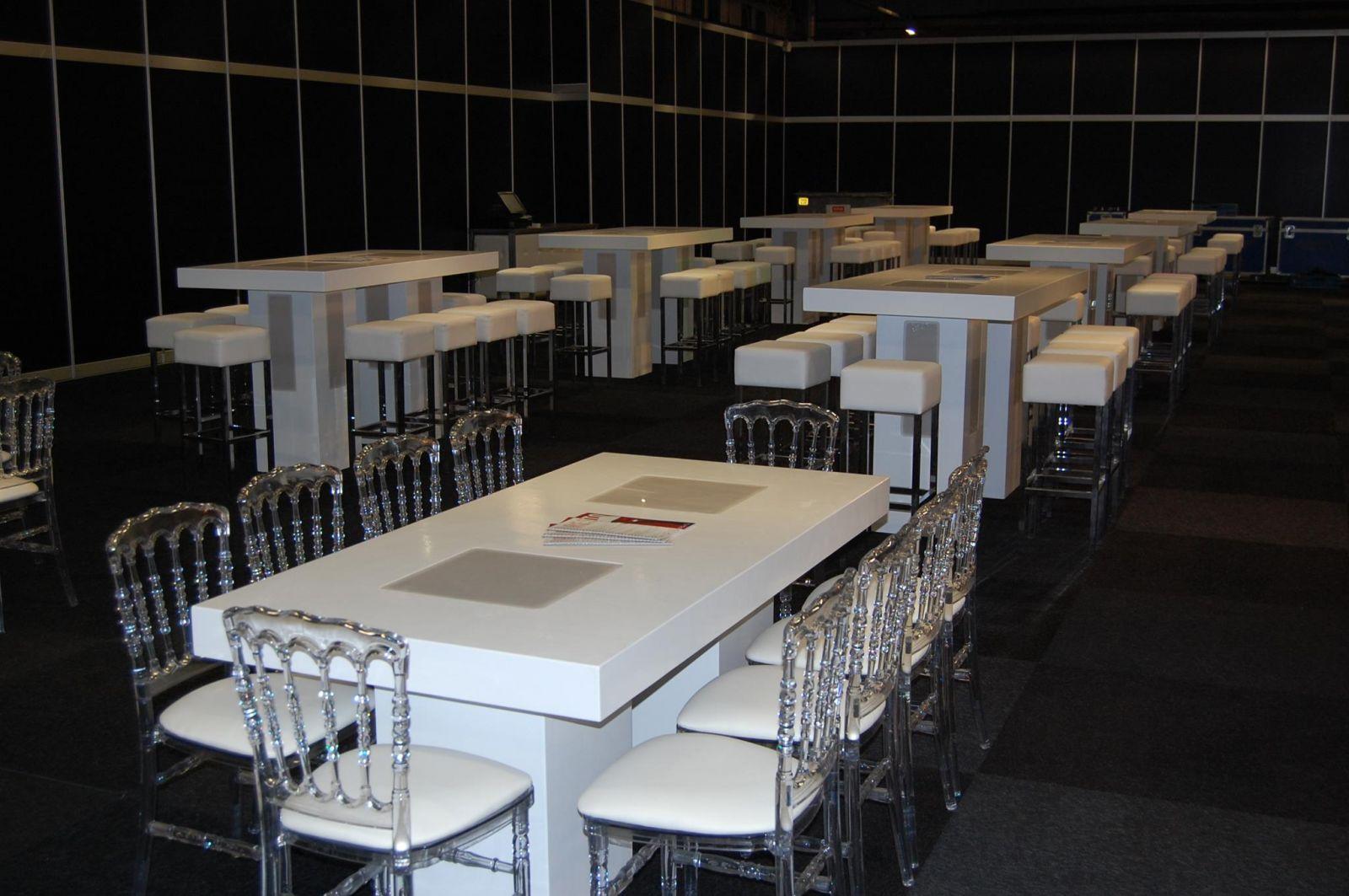 Tafels huren aalsmeer accuraat verhuur for Verhuur tafels